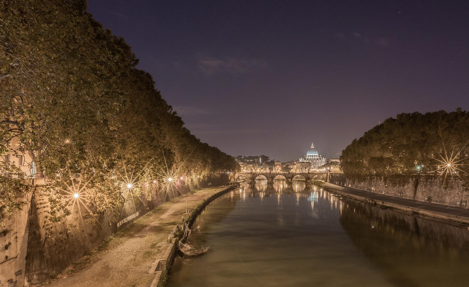 The Tiber River, Rome, Italy